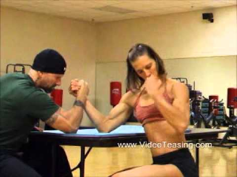 Chrissy Zmijewski (Suzie) – Mixed Armwrestling