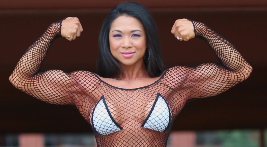 Natasha Gairy – Massive Arms Workout