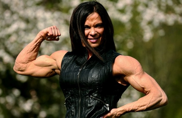 how to build bicepes on a woman