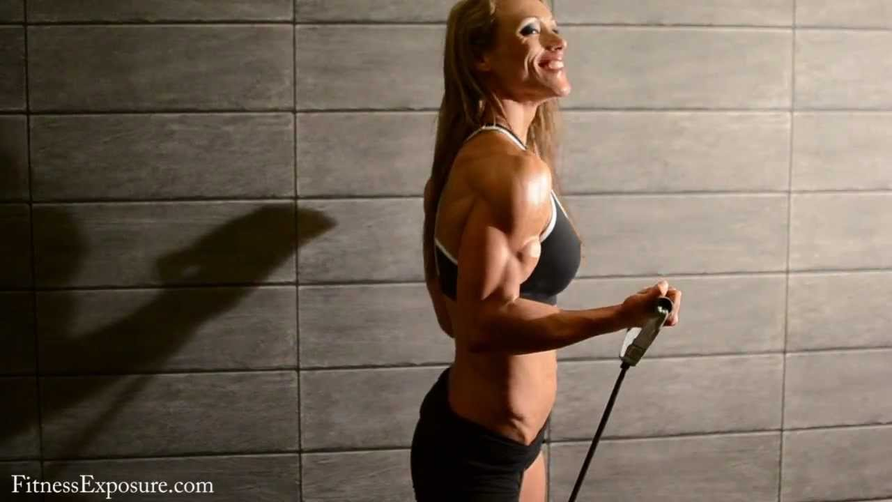 Susanna Tirpak – Arnold Classic Europe 2012 Photoshooting Part 1