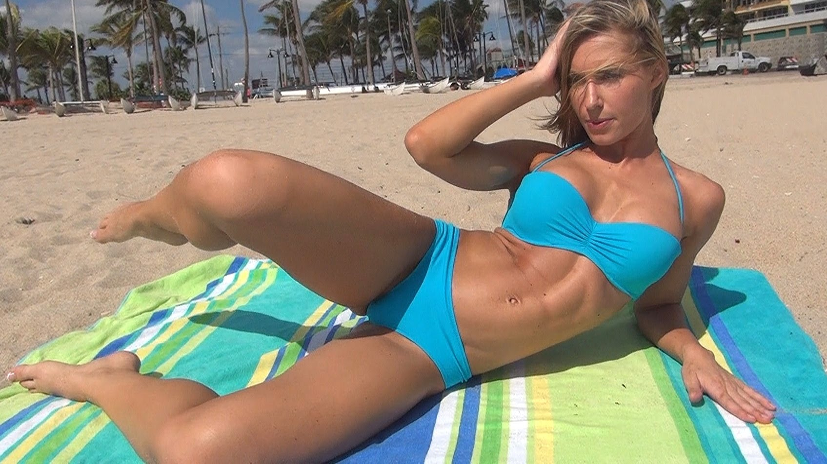 Kaycie Davis – Six-Pack Abs Home Workout