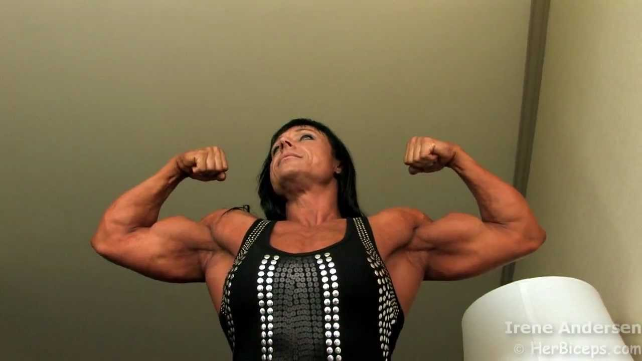 Irene Andersen – Biceps Flexing