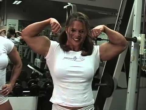 Elena Seiple – Biceps Flexing