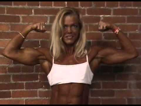Penny Ruff – Beautiful Biceps Flex