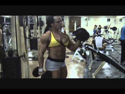 Ana Claudia Pires – Biceps Workout