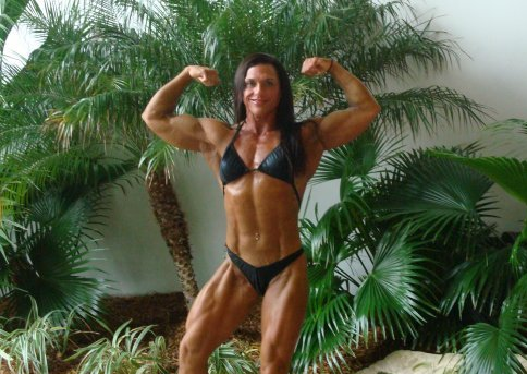 Fbb Bicep Measuring http://www.strongatall.com/female-bodybuilders/robyn-mentgen-arm-measurements/