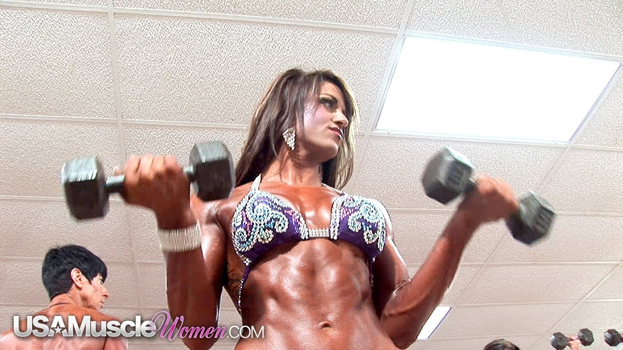 NPC Junior Nationals 2012 – Women's Bodybuilding & Physique Pump Room
