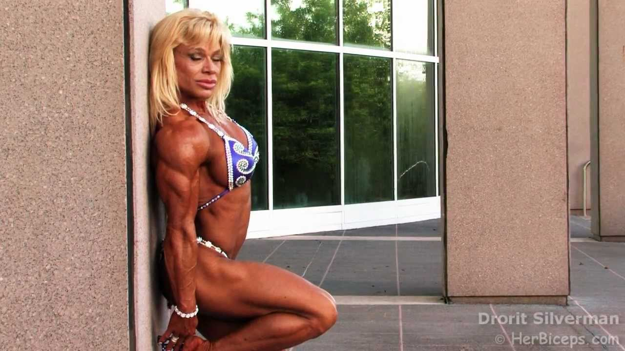 Theresa Ivancik – Chicago Pro 2020 Women's Bodybuilding Winner