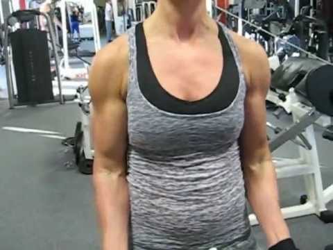 Karai Edina – Biceps Workout