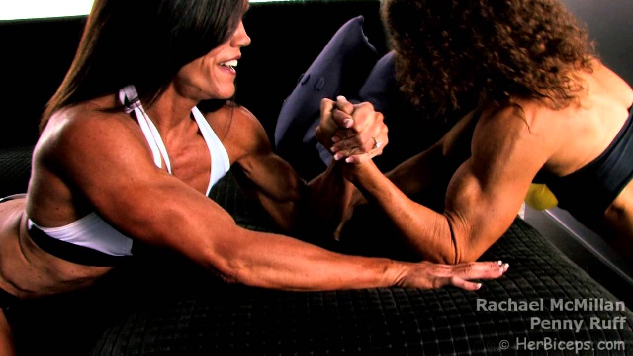 Penny Ruff & Rachael McMillan Armwrestling