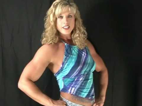 Heather Pedigo (Parsons) – Biceps Posing