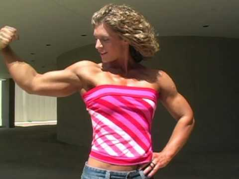 Amy Schmid Flexing
