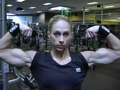 Mindi O'Brien – Biceps Flex