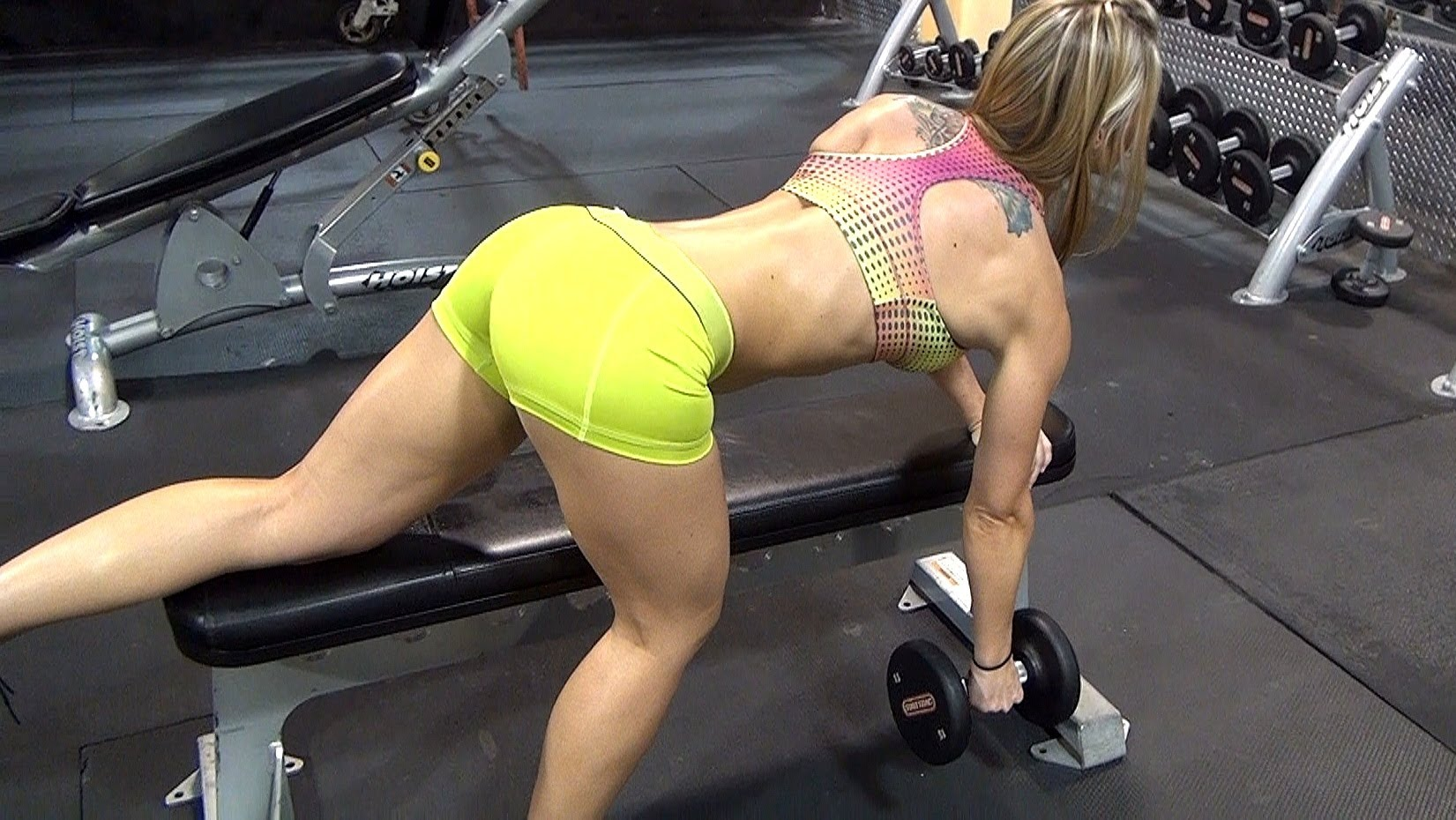 Kaycie Davis – Arms, Abs And Back Workout