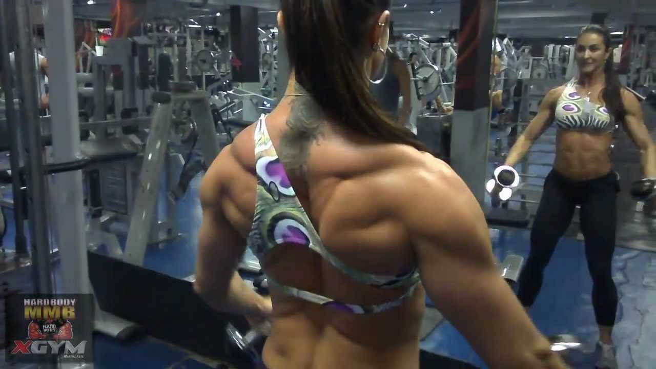 Alessandra Pinheiro – Shoulders Workout