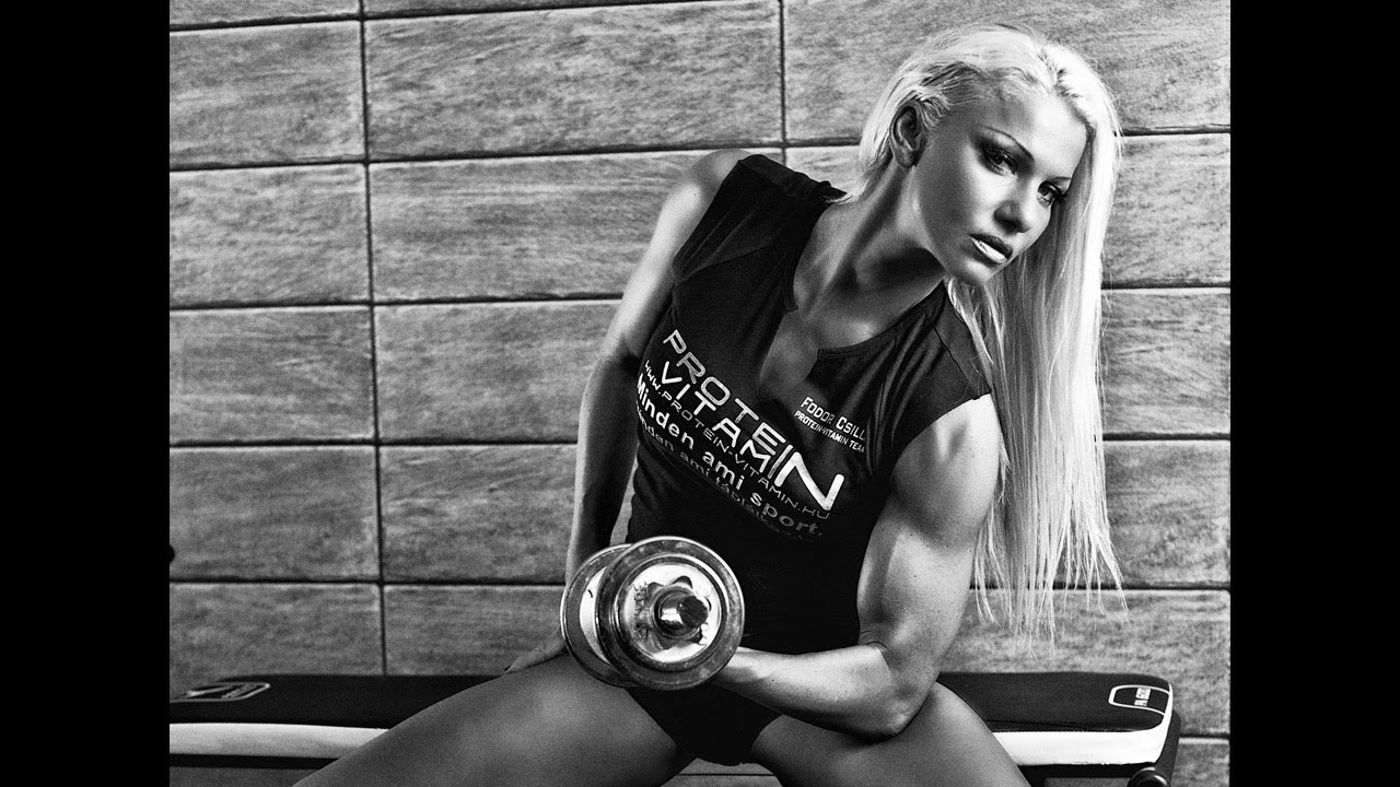 Csilla Fodor – Concentrated Bicep Curls