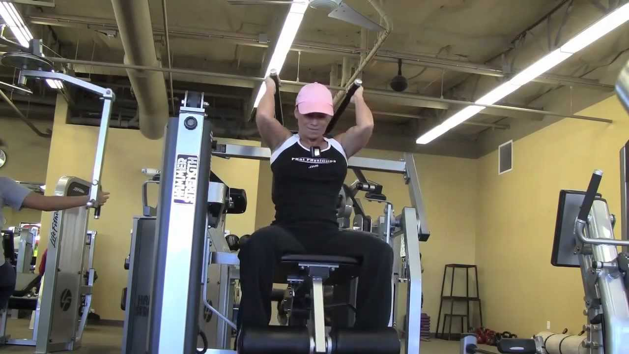 Clifta Perez – Shoulders & Abs Workout