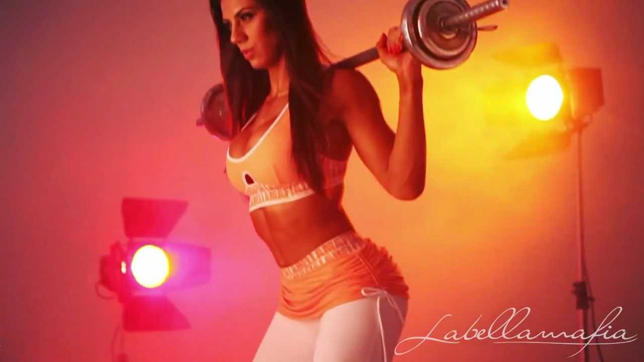 Alice Matos & Carol Saraiva – Fitness Motivation