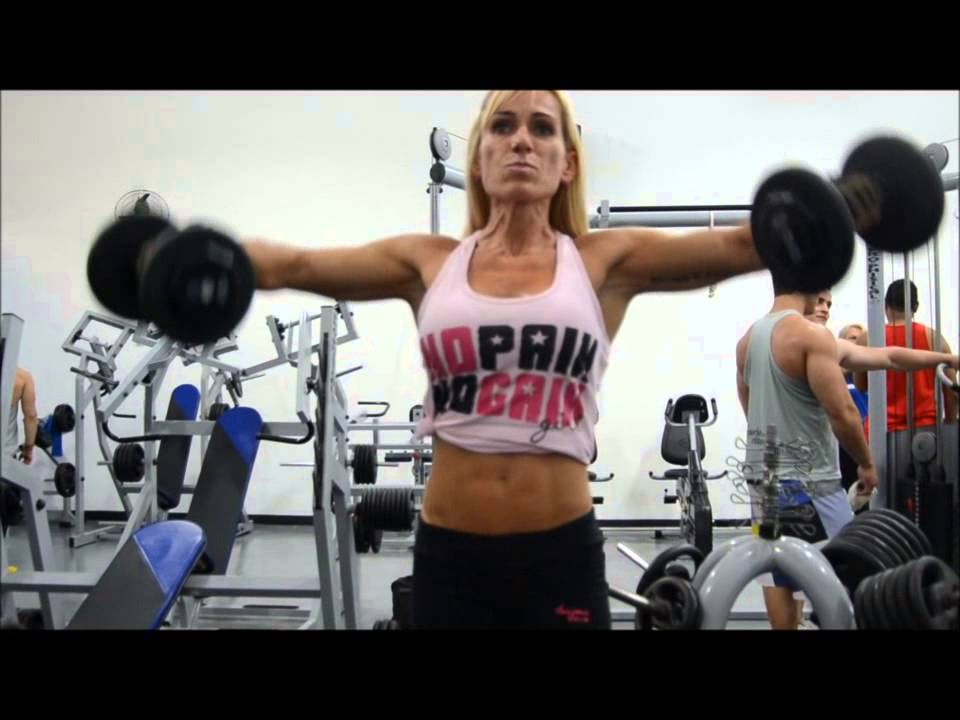 Luciane Vieira – Shoulders Workout