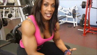 Lenda Murray – Bench Press