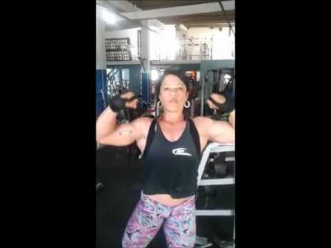 Claudete Santana – Biceps Workout