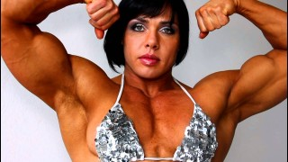 Rene Campbell – UK Bodybuilder Flexing
