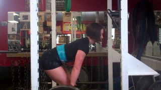 Katherine Welch – Deadlifts And Rack Pulls