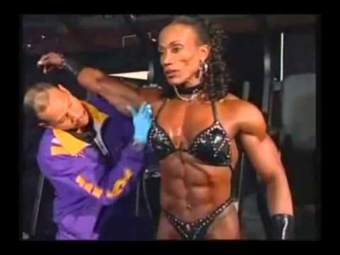 Lenda Murray – Ms. Olympia 2003 Pump Room