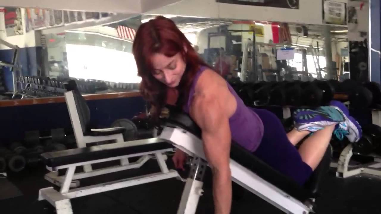Jodi Miller – Incline Bench Hanging