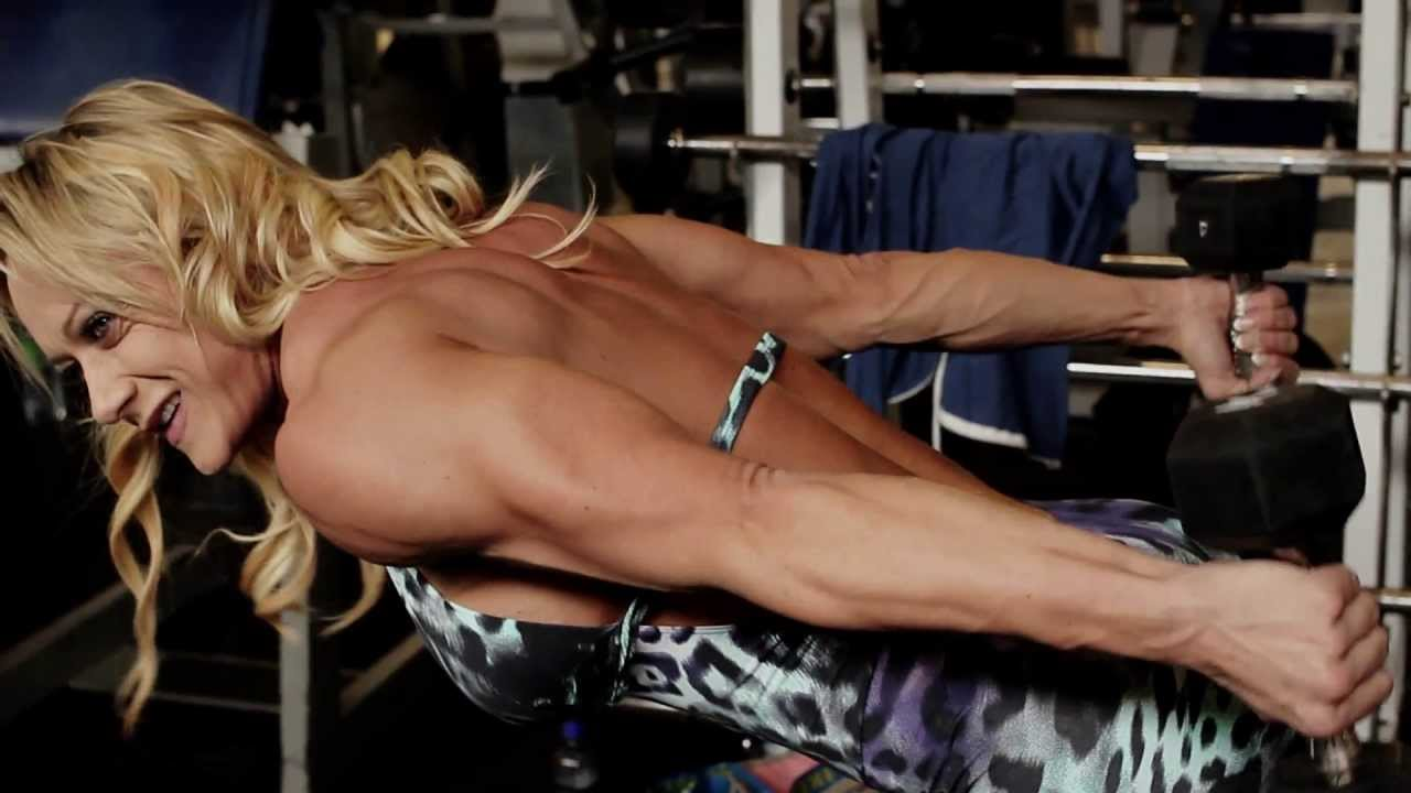 Suzanne Svanevik – CrossFit Workout