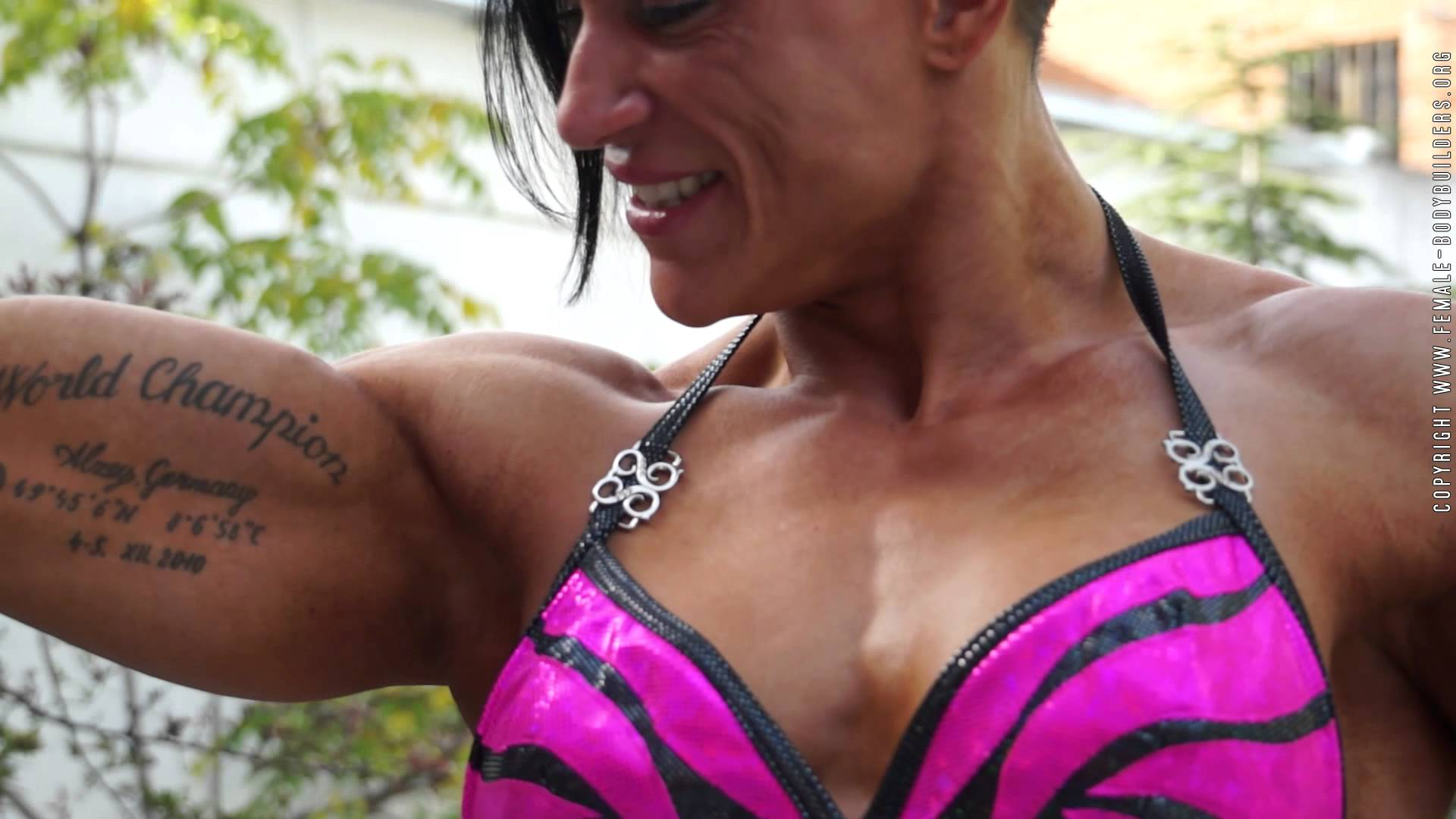 Suzy Kellner – Triceps Workout