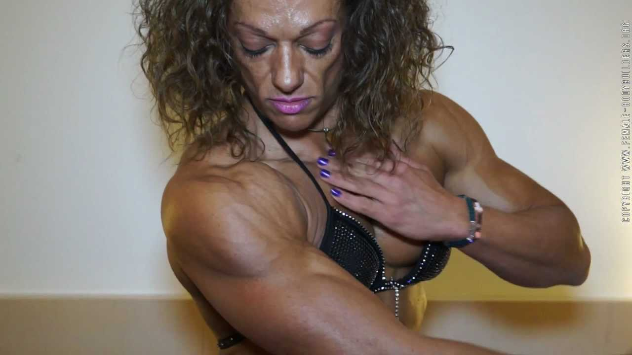 Mary Iordanopoulou Flexing