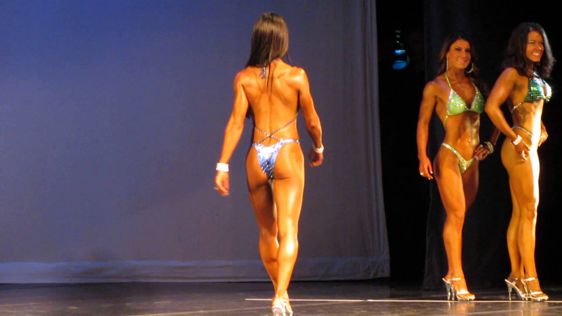 Bella Falconi – Jax Physique 2013