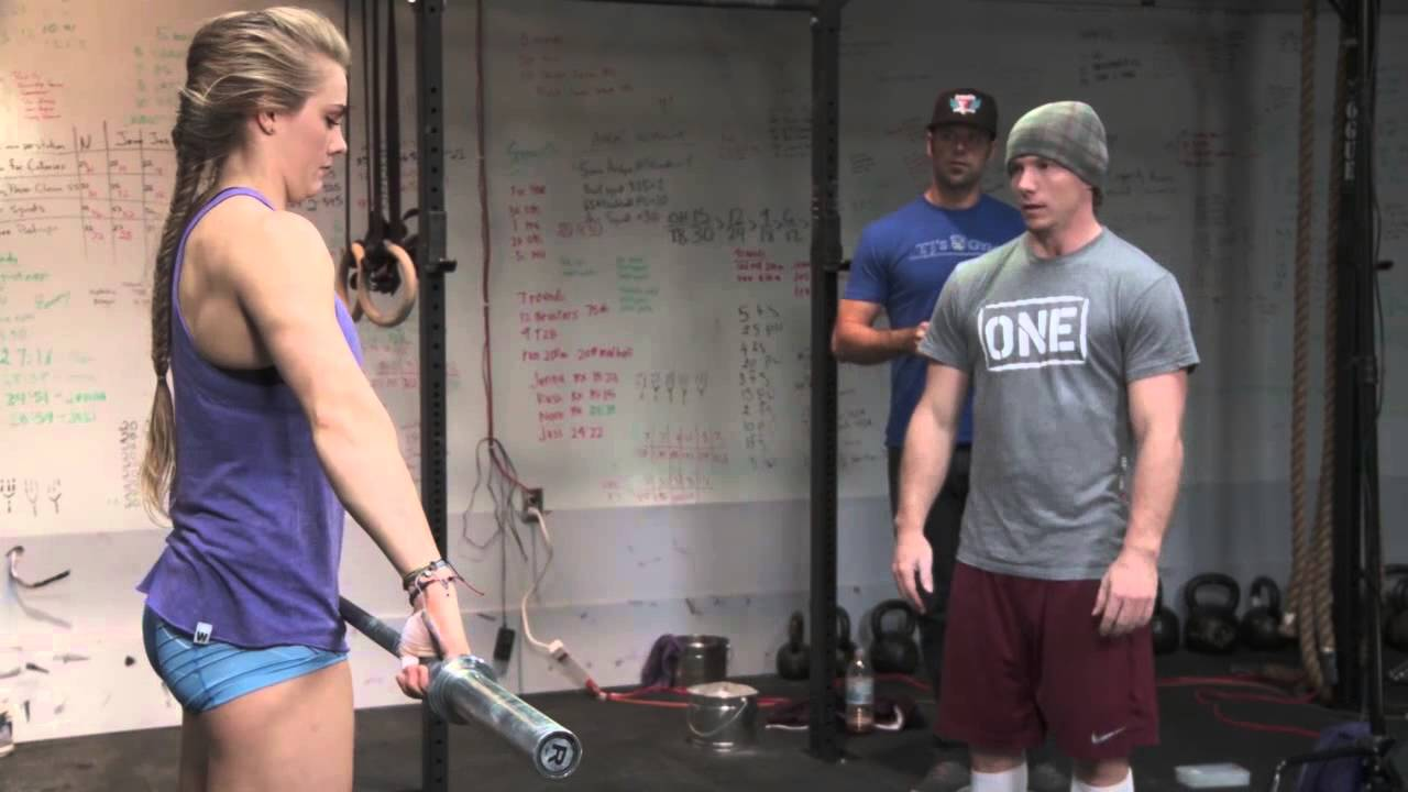 Kayla Baumgardner – CrossFit Workout