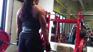 Ariel Gail Deadlifts