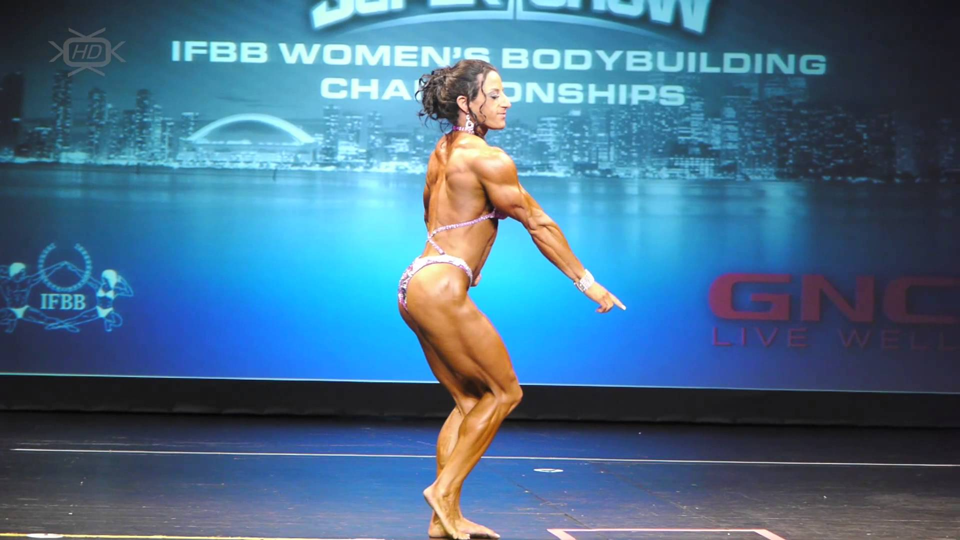 Michelle Cummings – Toronto Pro SuperShow 2013
