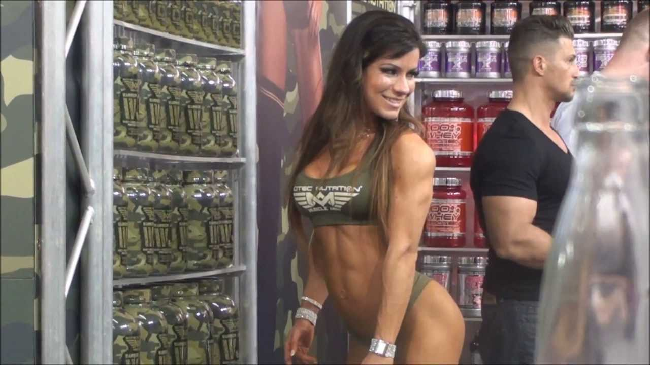 Muscular Girls At Fibo Power 2013