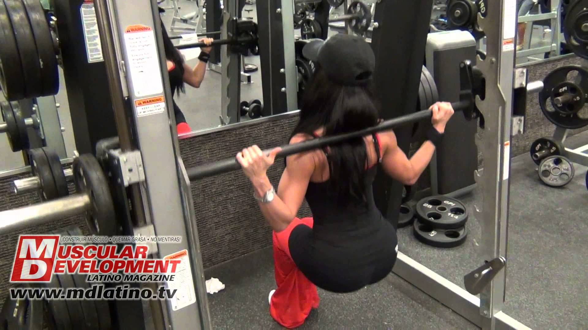 Rebeca Oquendo – Glutes Workout