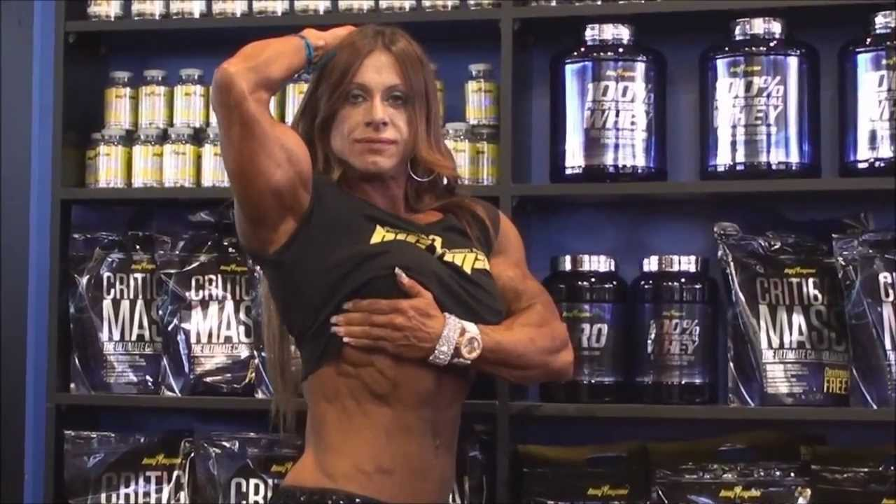 Girls at Arnold Classic Europe 2013