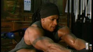 """Renne Toney – """"To The MAX"""" Workout"""
