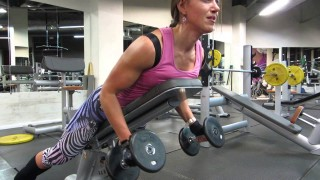 Nadezda Korepanova – Back Workout