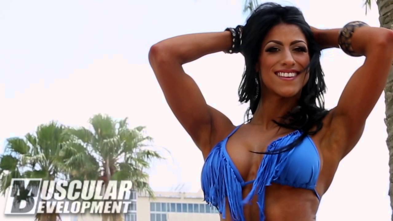 IFBB Bikini Pro Raphaela Milagres – Photoshoot & Workout