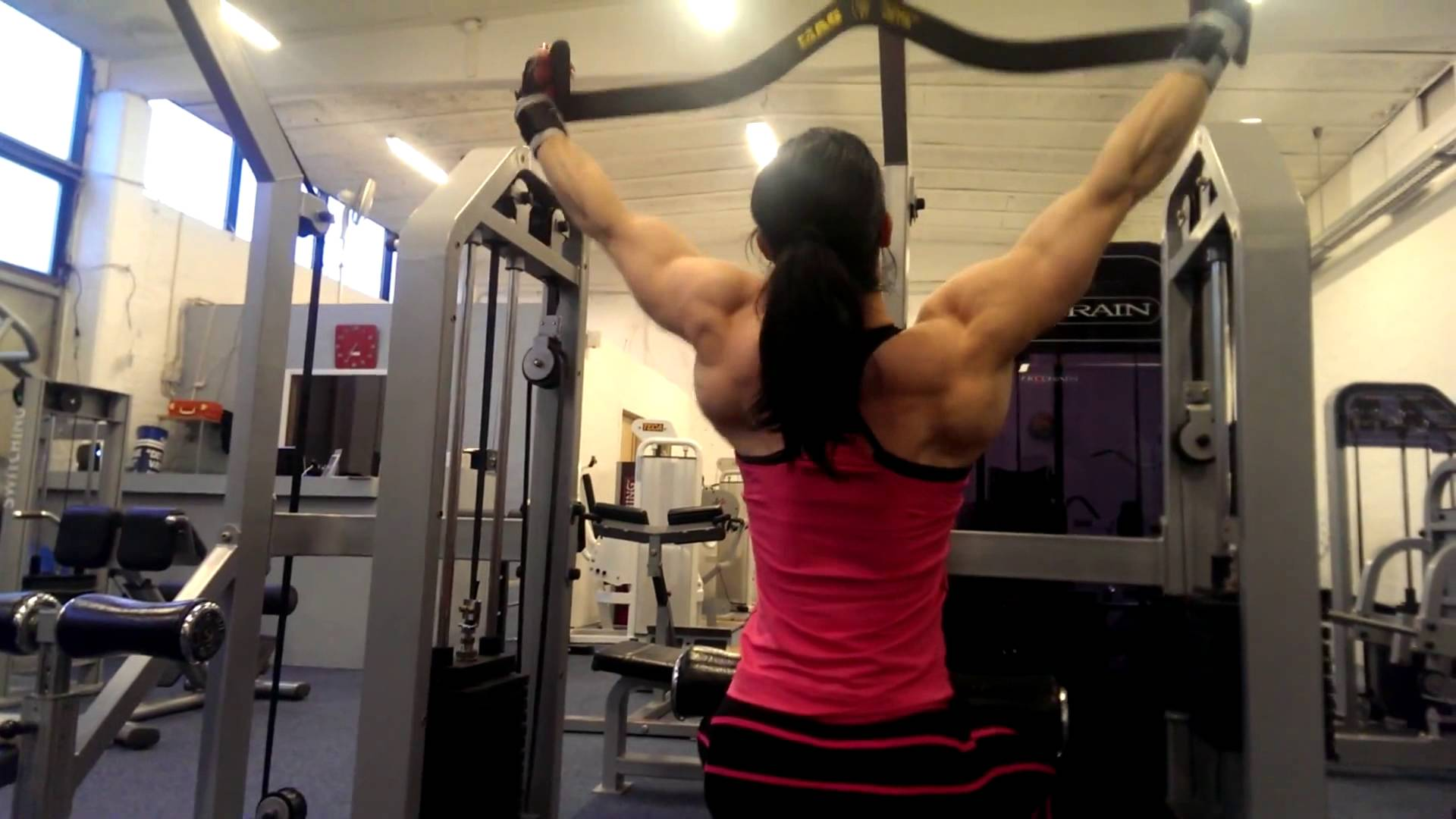 Lea Wiehl – Back Workout