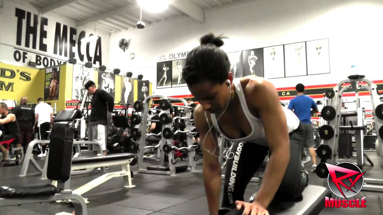 Rachelle Dejean – Back And Shoulders Workout