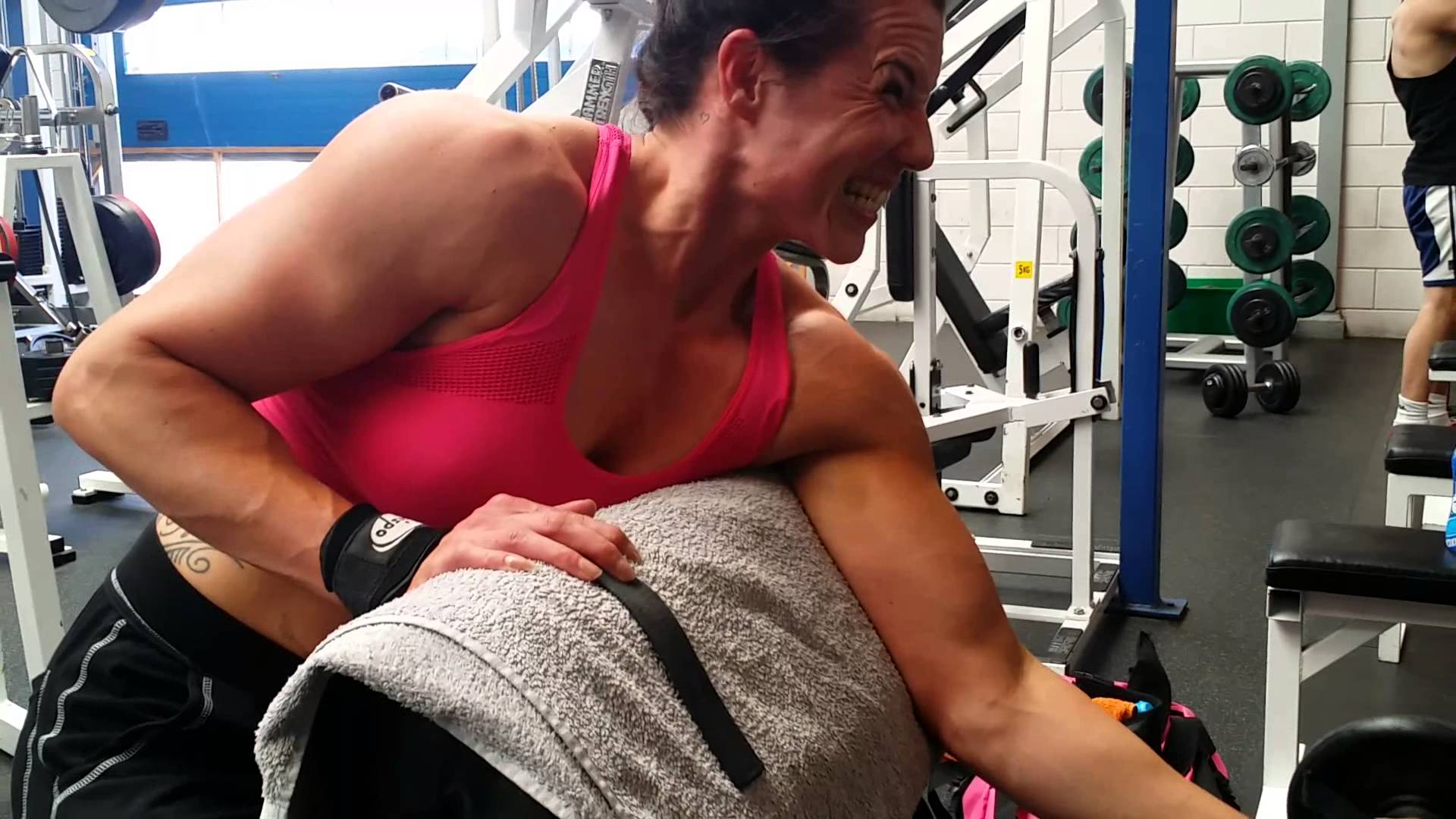 Maria Wattel – Biceps Workout