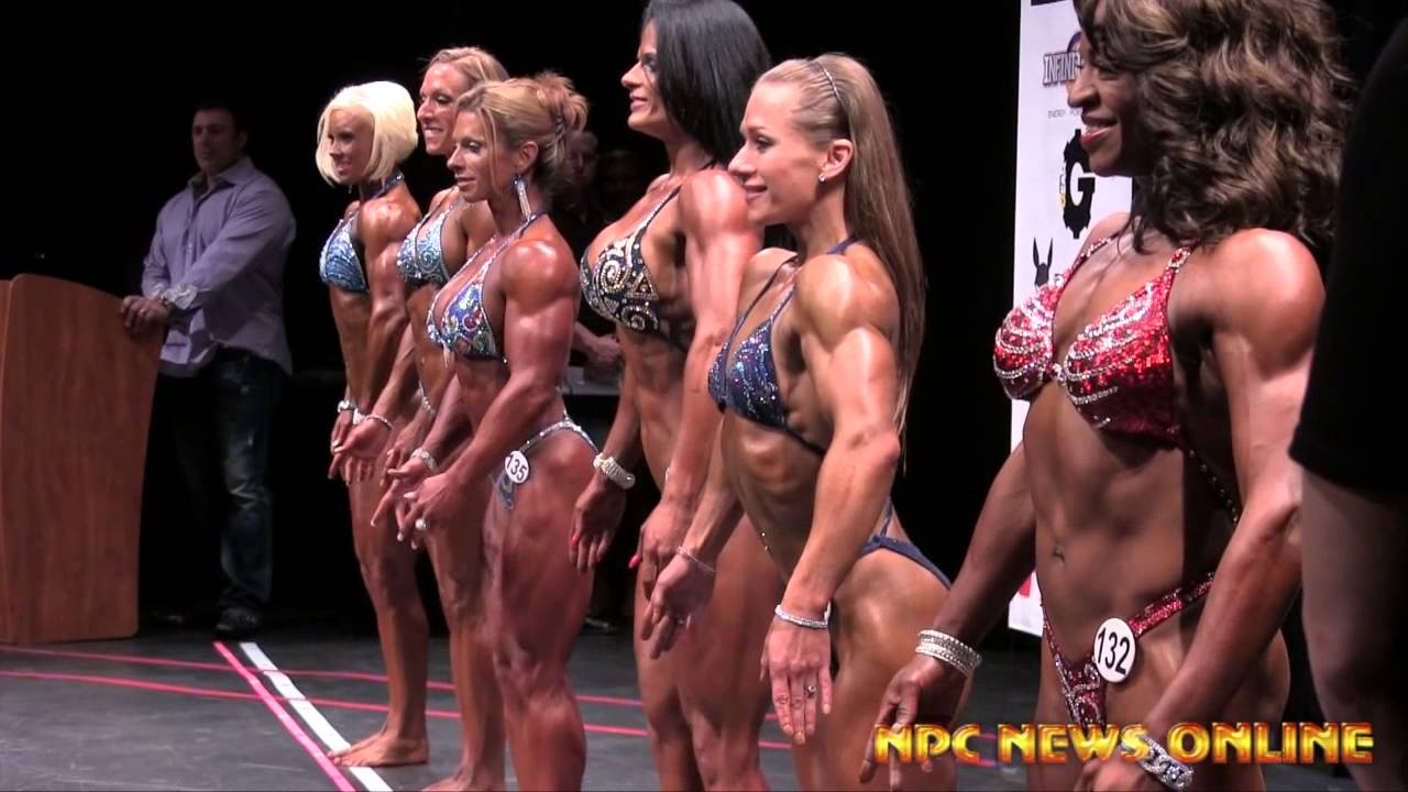 IFBB New York Pro 2014 – Womens Physique Backstage