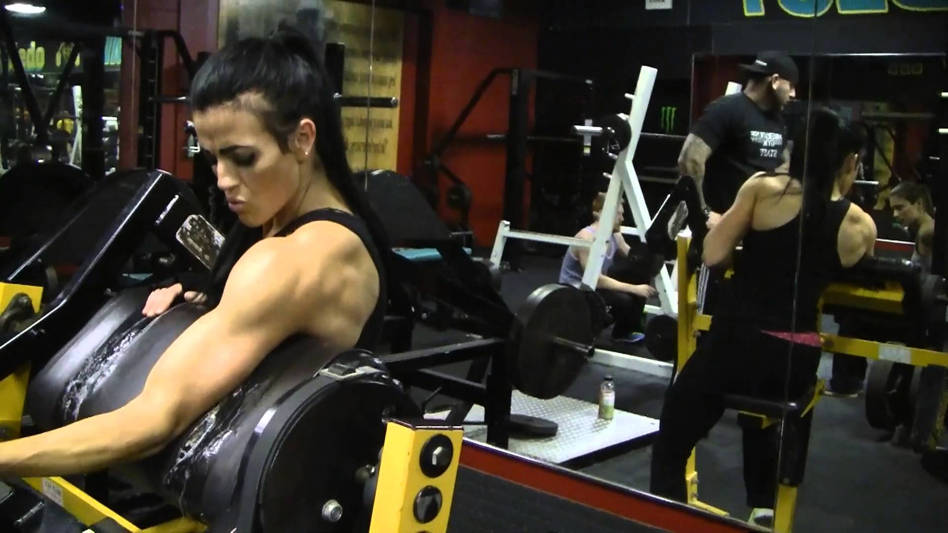 Rebekah Saryn – Biceps Workout
