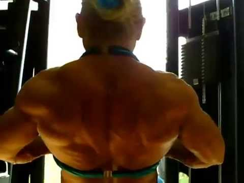 Maryse Manios – Back Workout