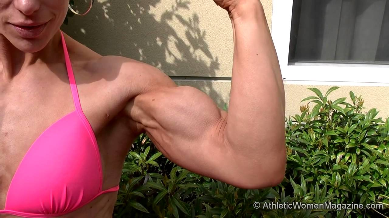 Wendy Lindquist – Biceps Bigger Than Ever