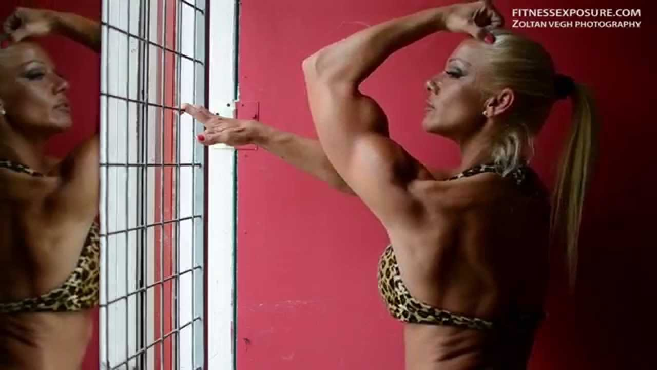 Csilla Fodor – Workout, Posing And Flexing